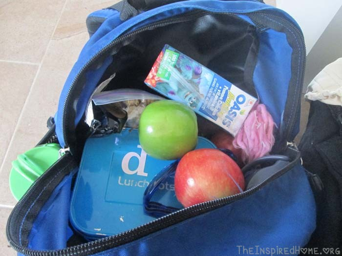 Get Outdoors Get Hiking Day Trip Pack