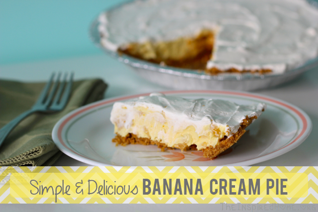 TheInspiredHome.org // Simple & delicious banana cream pie recipe using minimal ingredients including pudding and Cool Whip!