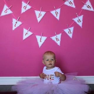 Birthday Party Ideas: Happy Birthday Bunting Banner Tutorial