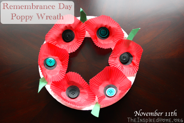 TheInspiredHome.org // Remembrance Day / Veterans Day Poppy Wreath Craft for kids