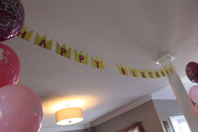 Super Mario Princess Peach Happy Birthday Banner