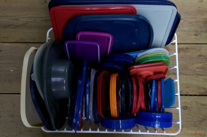 Organize-tupperware-2
