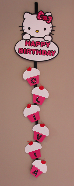 TheInspiredHome.org // Hello Kitty Birthday Banner - Vertical hanging banner