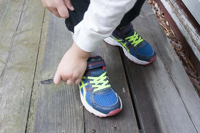 TheInspiredHome.org // Back To Runners. Easy Strap Velcro makes it simple for kids to do up their own shoes.