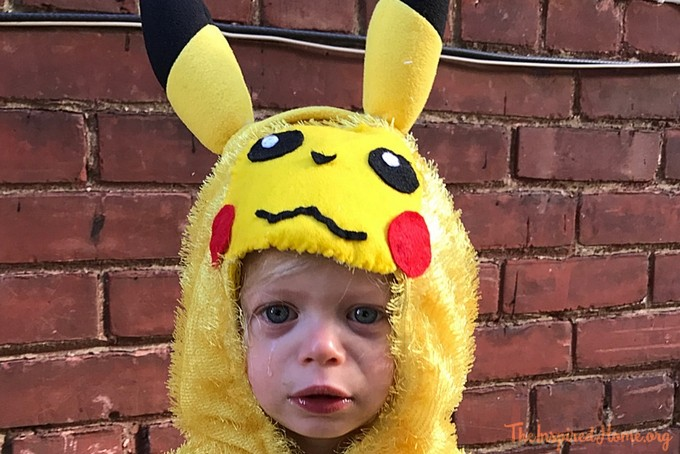 theinspiredhome.org // DIY Pikachu Costume Face