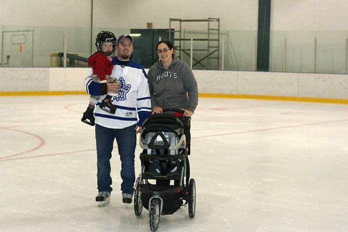a-hockey-family