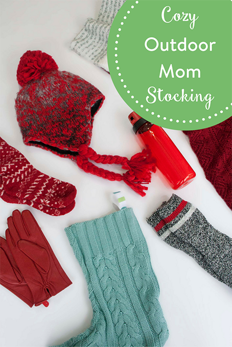 TheInspiredHome.org // For the winter lover (or winter avoid-er) in your life - these cozy essentials are key! These stocking stuffers will win over your outdoor mom this year.