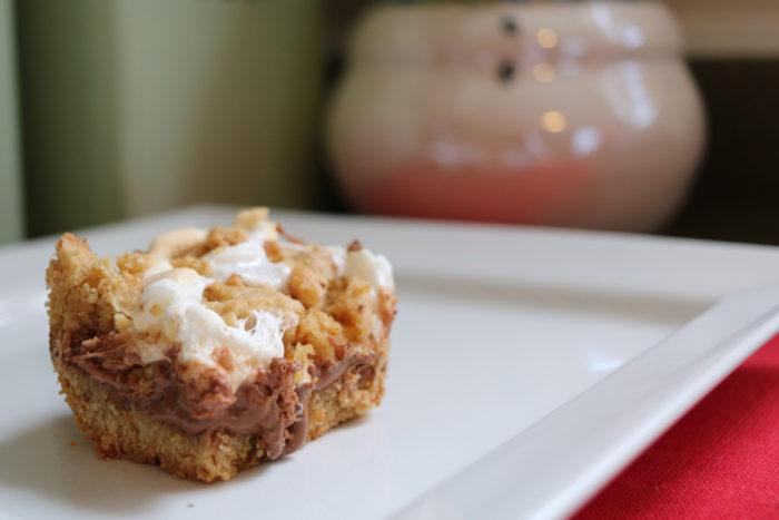 smores-cookie-bars-individual-2