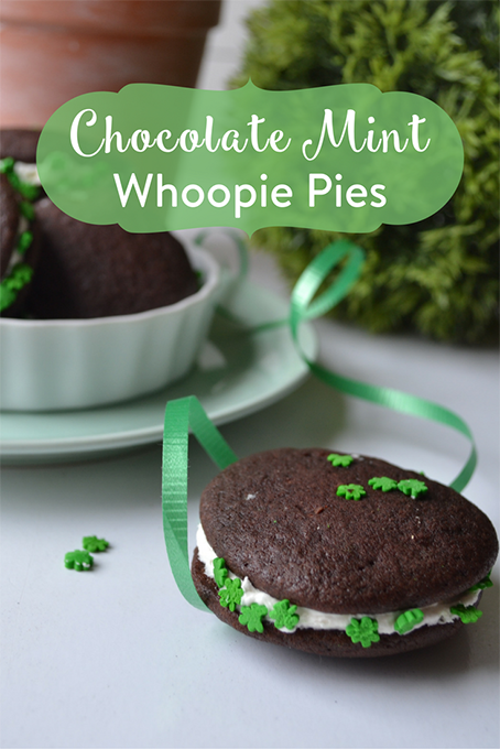 TheInspiredHome.org // Chocolate Mint Whoopie Pies