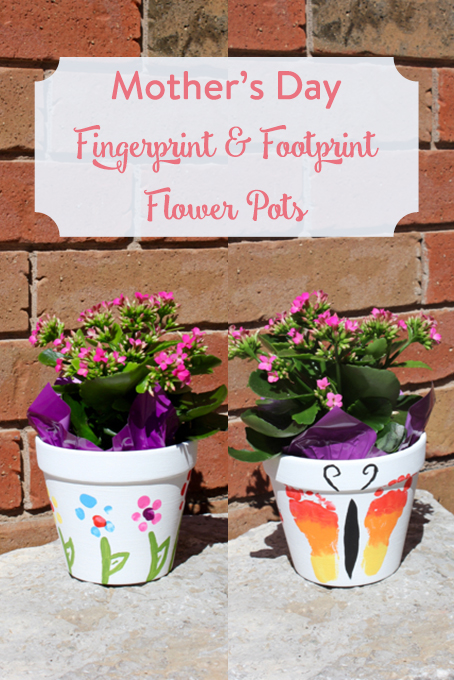 TheInspiredHome.org // Using a few dollar store items, you can make a beautiful Mother's Day flower pot with your baby or toddler using their fingers and toes!